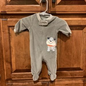 Carters footed one piece outfit size NB Bulldog